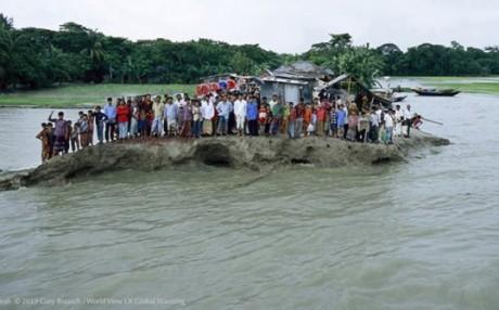 Personas en inundación