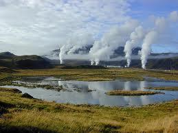 yacimiento geotermal