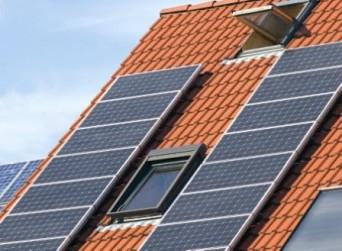 panel fotovoltaico en techo