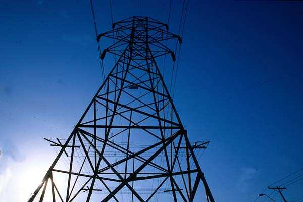 torre transmisión eléctrica